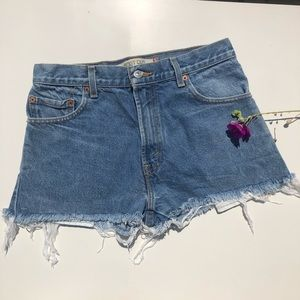 Levi's 517 Jean shorts. 💙